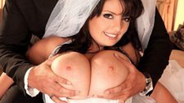 Arianna�s Bridal Funbag Nail