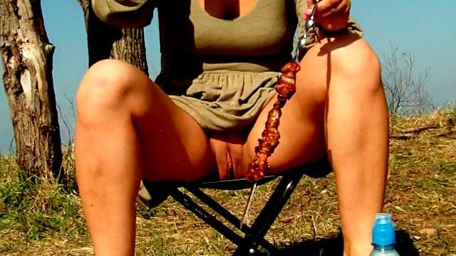 Seductive Brown-haired Unexperienced Wifey Dasha Demonstrating Rosy Meat Curtains Upskirt And Gulping Beer At A Picnic