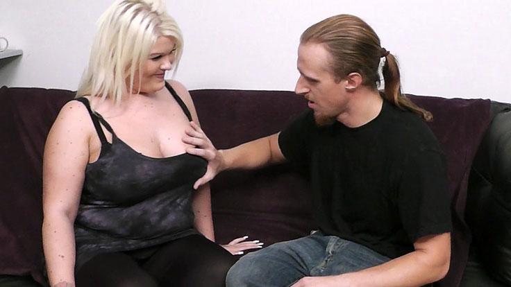 Ash-blonde Plus-size Bangs A Stranger